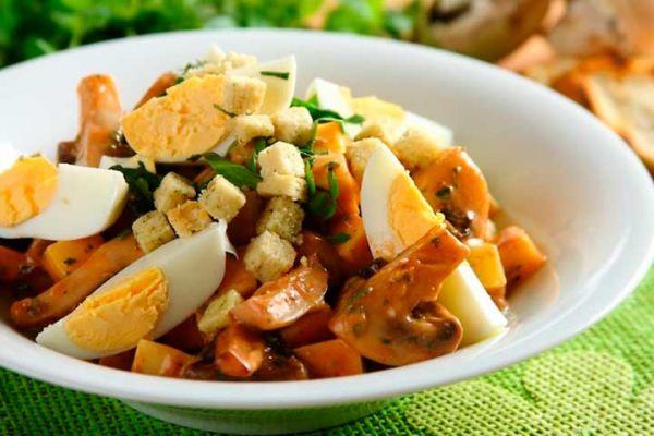 gribnoj-salat-iz-shampinonov-s-syrom-i-jajcomB93966BD-DE3C-D303-771C-056D6CC29CBA.jpg